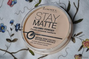 Make-up: Stay matte pressed powder van Rimmel London