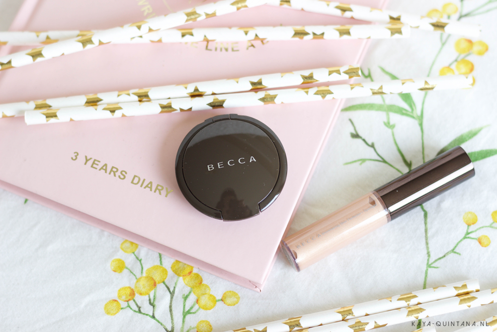 Becca Glow on the go kit Opal highlighter