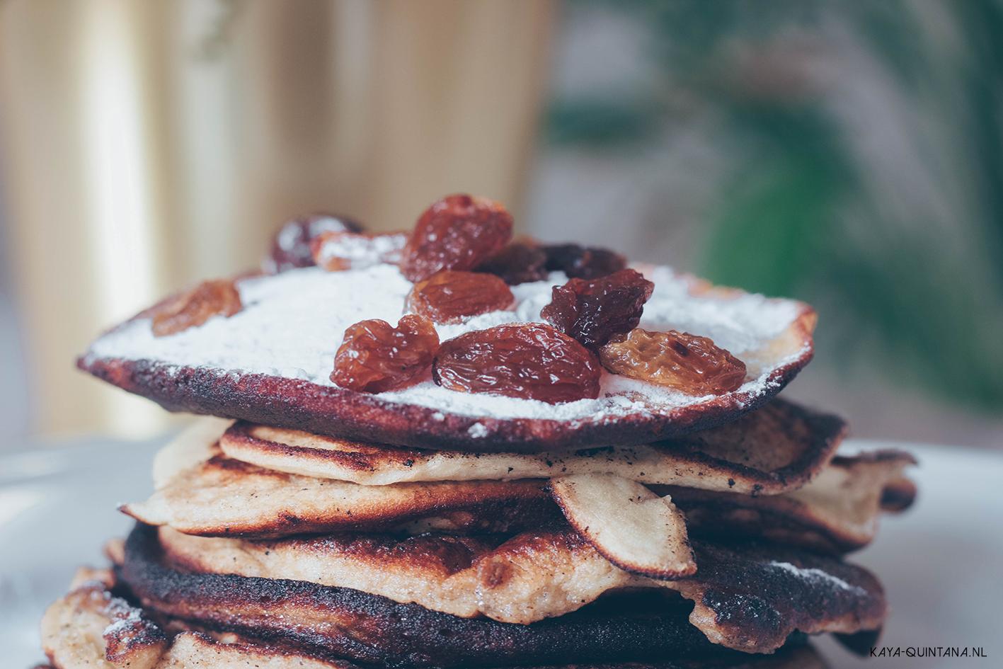 pancakes with raisins