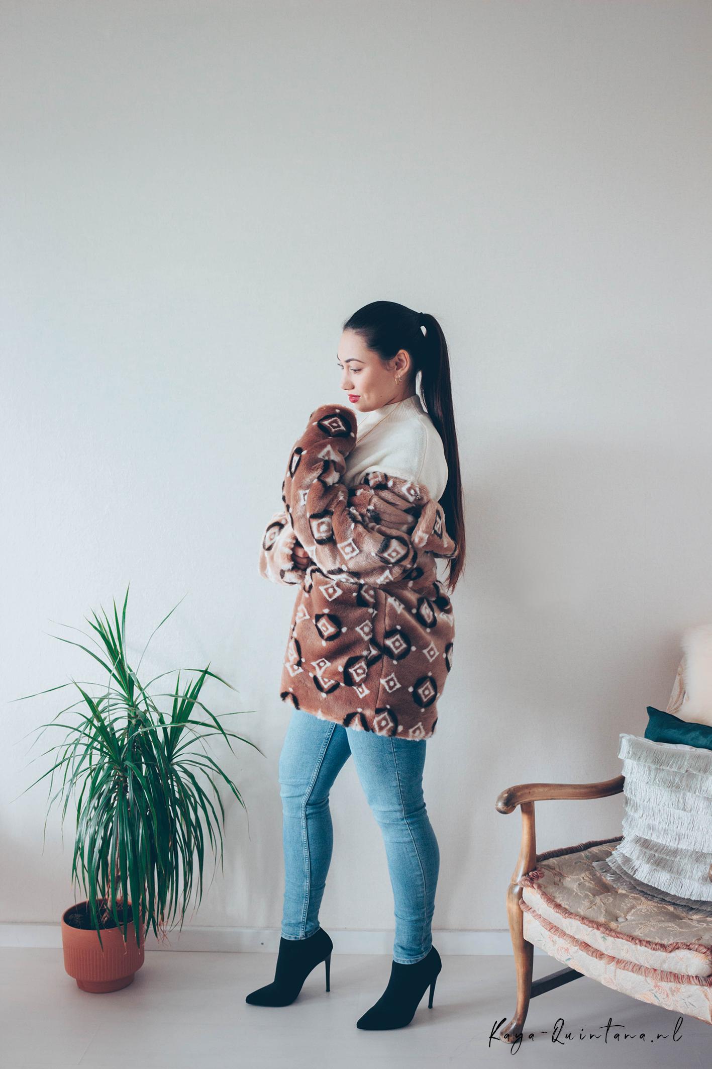 brown faux fur coat outfit